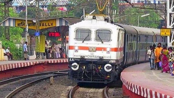 Bikashakhabara:Like-air-port-safety-scrutiny-at-rail-station