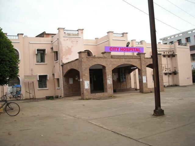Bikashkhabar:first-instate-hyperbaric-maschine-reach-at-cuttack-city-hospital