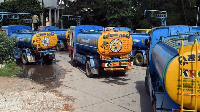 Bikashakhabara:due-to-water-crisis-it-company-told-to-his-worker-do-work-at-your-home