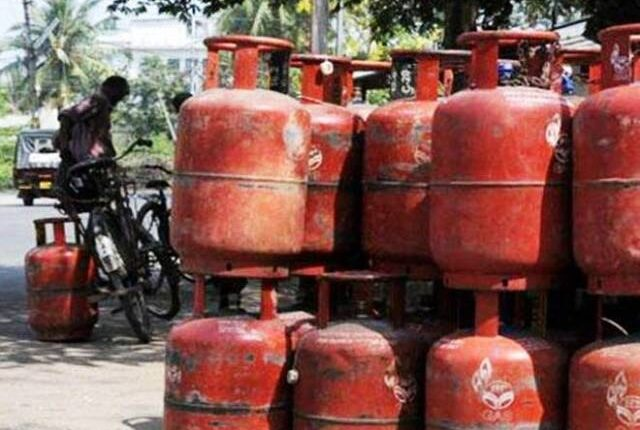 Bikashakhabara:lpg-will-delivery-after-show-OTP